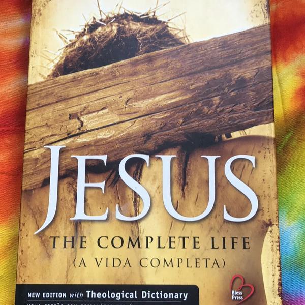 Livro jesus the complete life