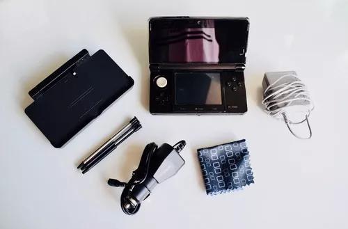 Nintendo 3ds (capa + kit completo + cartão m