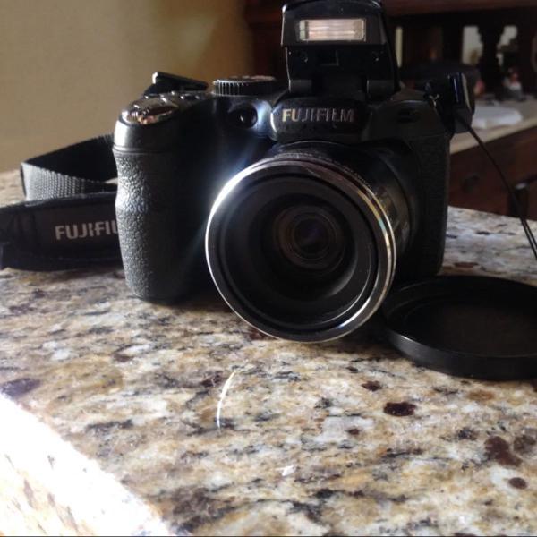 Camera fotográfica fujifilm finepix s2950