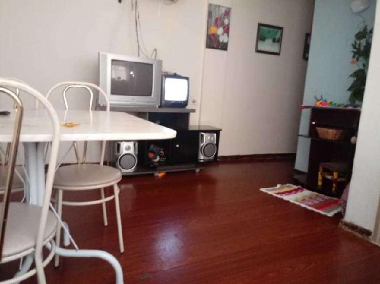 Apartamento 2 dormitórios - 1º andar - capão raso - r$