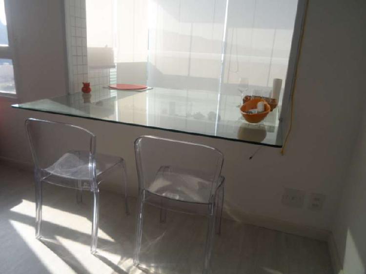 Apartamento de 01 dormitório com 60m² mobiliado na
