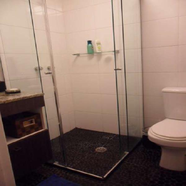 Apartamento para aluguel possui 69 metros quadrados com 2