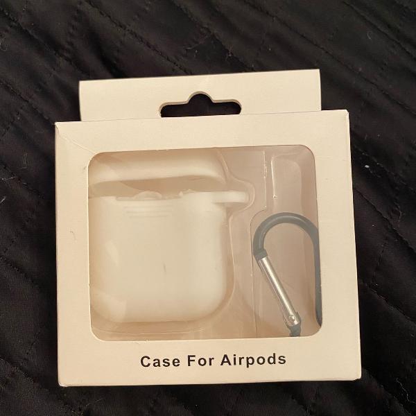 Case de silicone branca para airpod