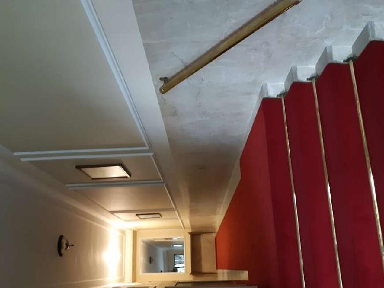 Apartamento para aluguel possui 122 metros quadrados com 3