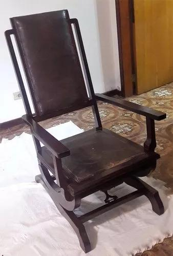 Cadeira de balanço antiga anos 50