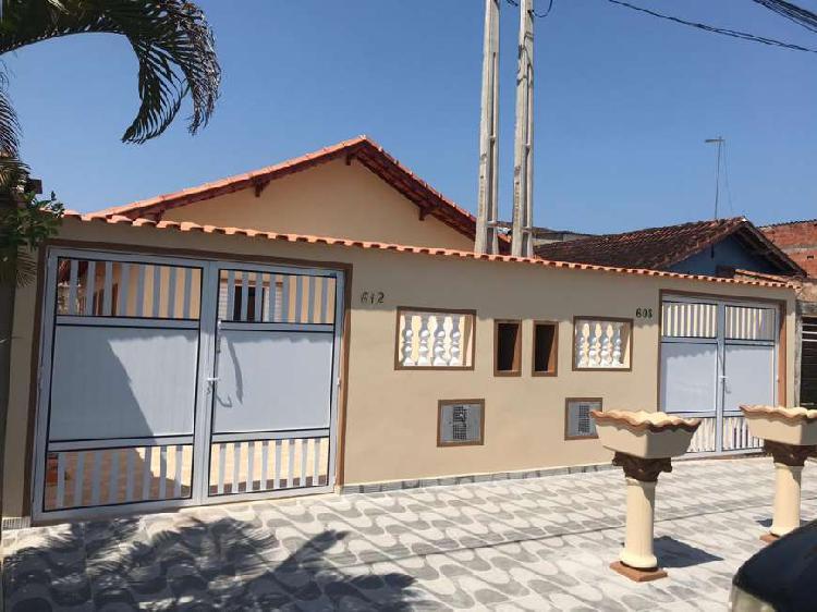 Casa nova 02 dormitórios litoral sul