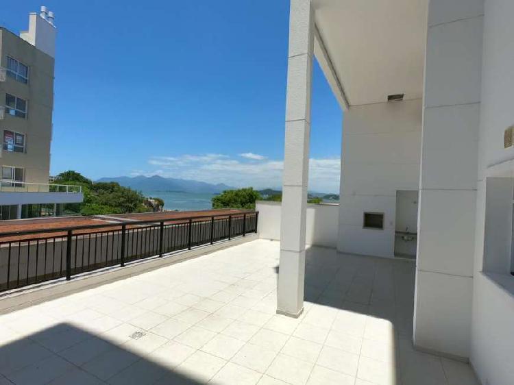 Apartamento duplex para venda com 230 metros quadrados, 3
