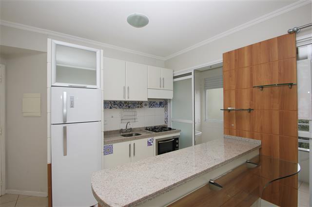 Apartamento com 2 dormitórios (suite),1 vg próximo ao