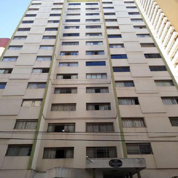 Apartamento para aluguel possui 120 metros quadrados com 3