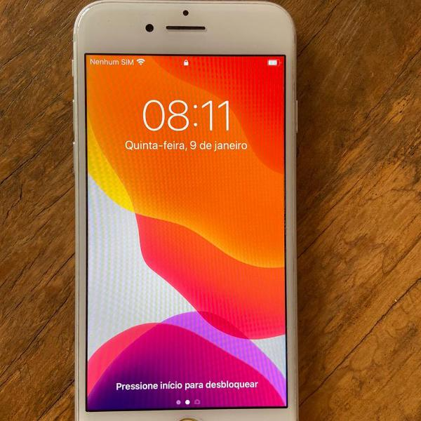 Iphone 7 silver 32gb de 2017 + capa vermelha