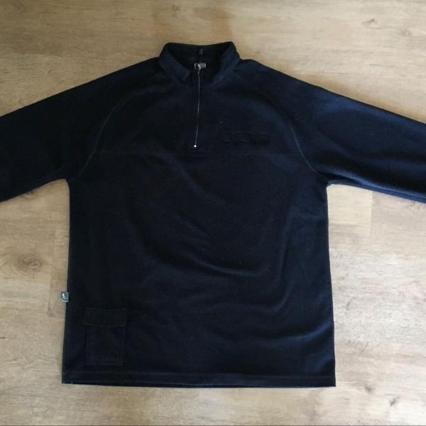 Blusa de fleece curtlo preta tamanho m