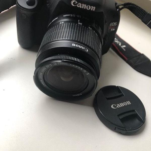 Máquina fotográfica canon semi profissional