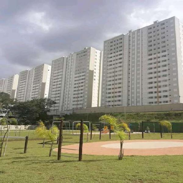 Apartamentos prontos para morar ao lado da estação e