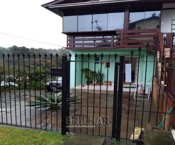 Casa 3 dormitórios bairro santa catarina
