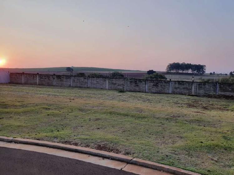 Terreno plano com 661 m² à venda em alphaville ribeirão