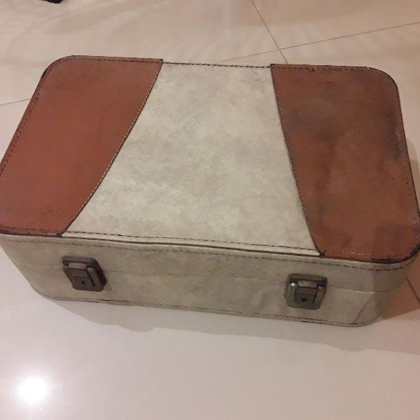 Antiga maleta da haas & cia ltda dos anos 50