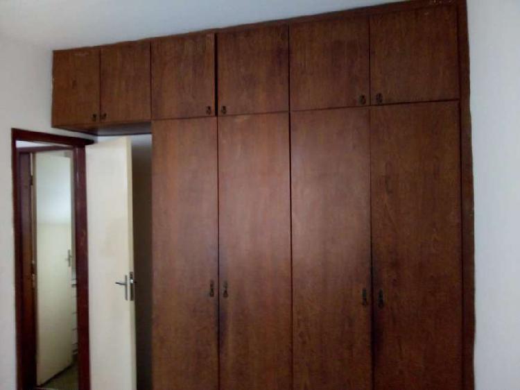 Apartamento 02 quartos para locação no carlos prates belo