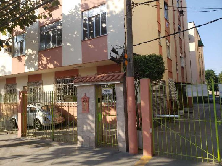 Apartamento dois quartos (bairro jabour) segundo andar.