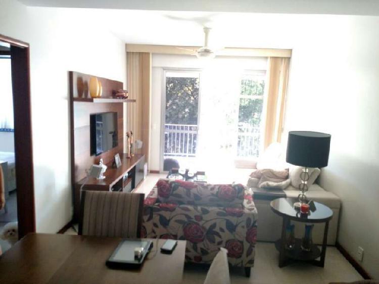 Apartamento para venda de 112m² e 3 quartos em área nobre
