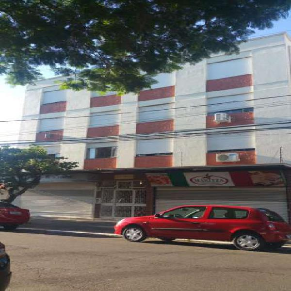 Apartamento à venda com 3 quartos, 82 metros quadrados no
