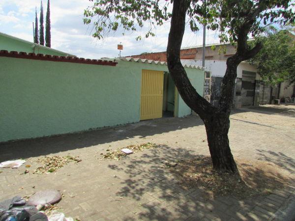Casa com 3 quartos - bairro nossa senhora de fátima em