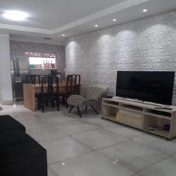 Casa de condomínio fechado para venda com 90 m² com 03