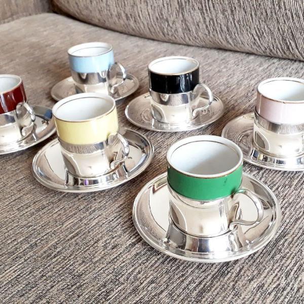 Jogo de café de prata e porcelana