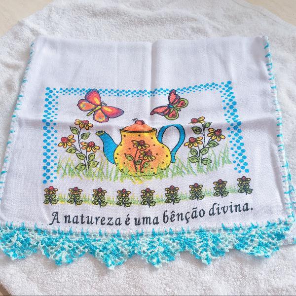 Pano de prato artesanal feito em crochê