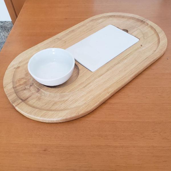 Prato para queijos e frios, acompanha pote de cerâmica