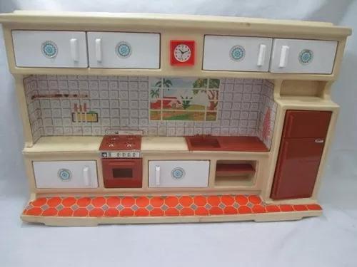Antigo brinquedo cozinha boneca susi ou barbie anos 70/80