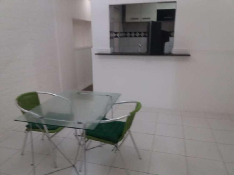 Apartamento para venda com 210 metros quadrados com 2