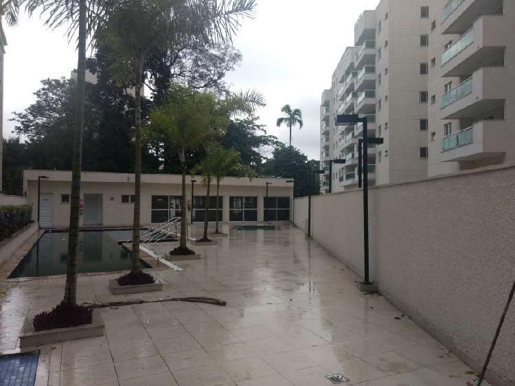 Apartamento para venda de 3 quartos no pechincha - rio de