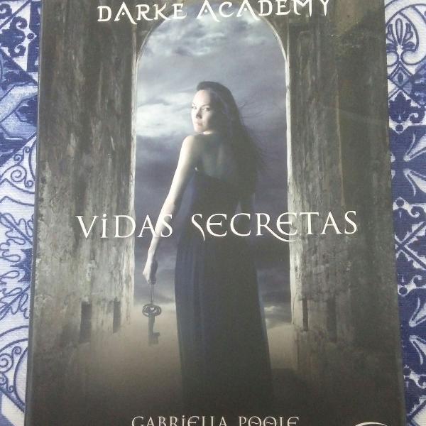 Dark academy - gabriella poolen
