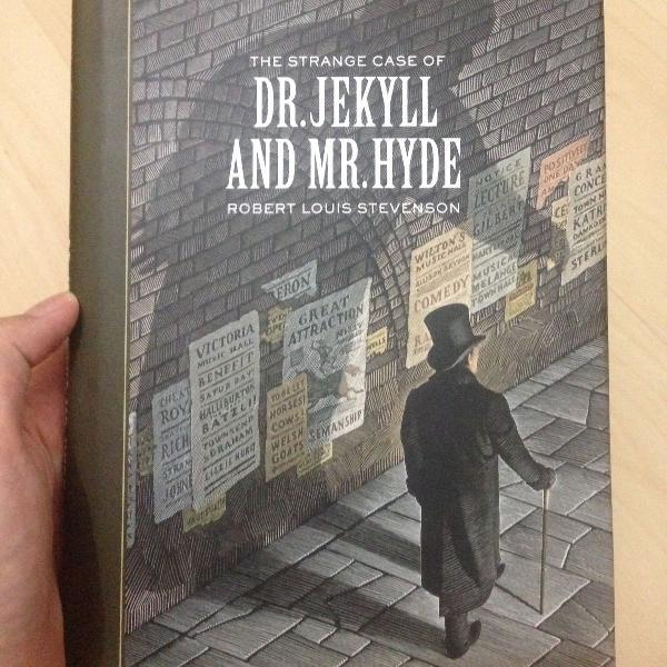"Livro ""strange case of dr jekyll and mr hyde"" (robert louis"
