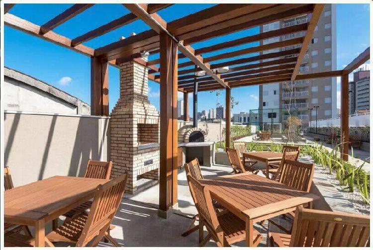 Vendo apartamento novo de 54 m² com 2 quartos, 1 suite e