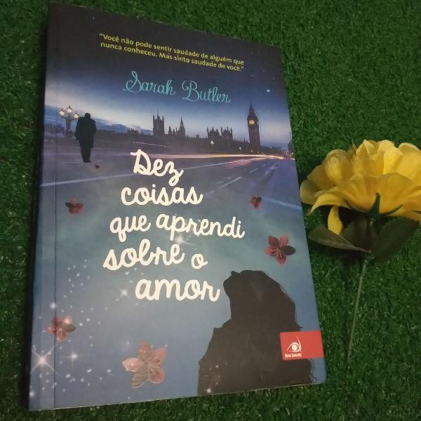 """Livro """"dez coisas que aprendi sobre o amor"""""""
