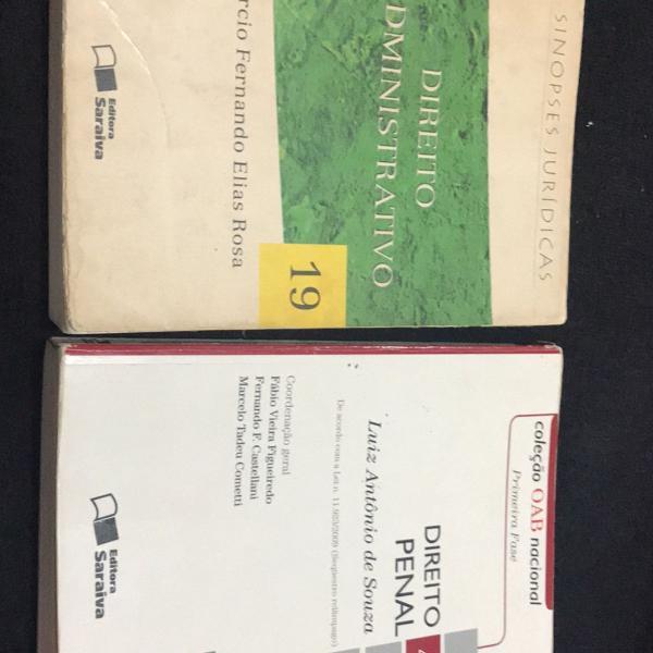 Livros de direito penal e direito administrativo