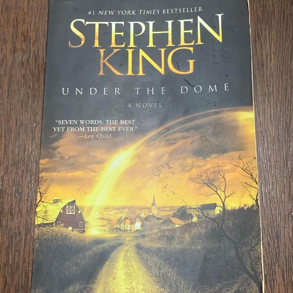 Under the dome - stephen king - versão inglês - importado