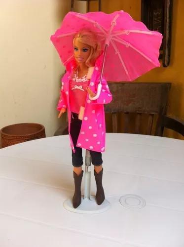 Boneca barbie brinquedo antigo coleção capa chuva mattel