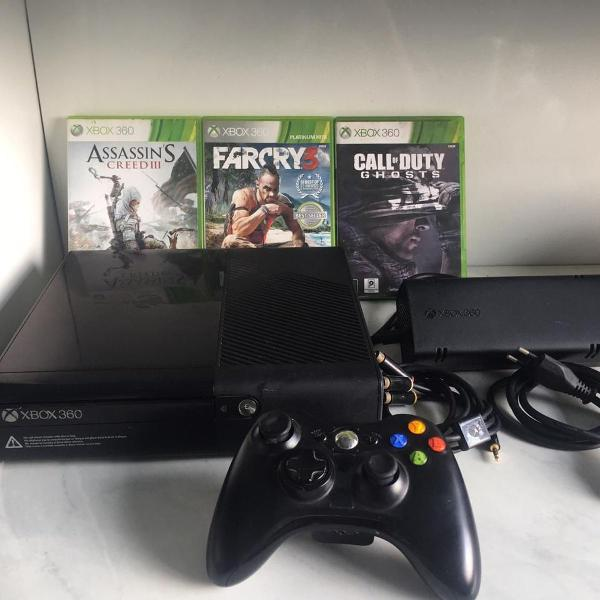 Xbox 360 original slim 4gb com 1 controle e 5 jogos