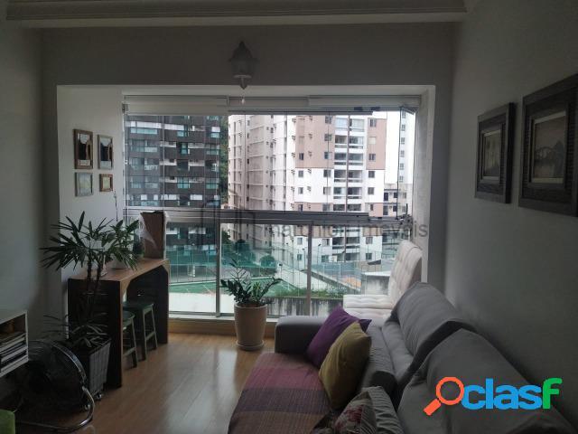 Apartamento 3 quartos(1 suíte), montado, varanda e sol da manhã.