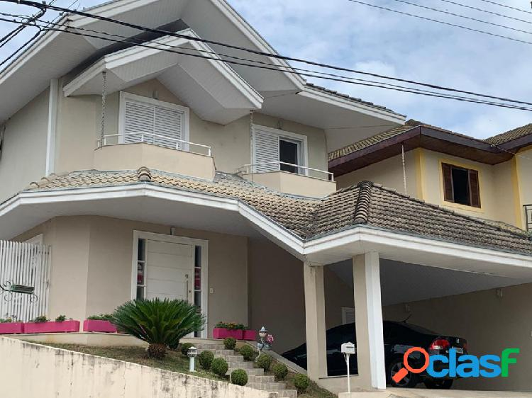 Casa em Urbanova - 5 dormitorios, 4 suites, duas vagas, LINDA 1