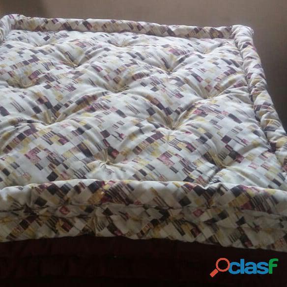 Almofadas de futon turco