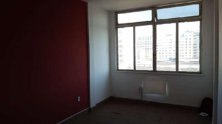 Apartamento para aluguel possui 30 metros quadrados com 1