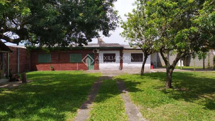 Balneário gaivota - casa padrão - centro