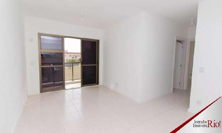 Apartamento de 2 quartos a venda em cachambi, 56m²