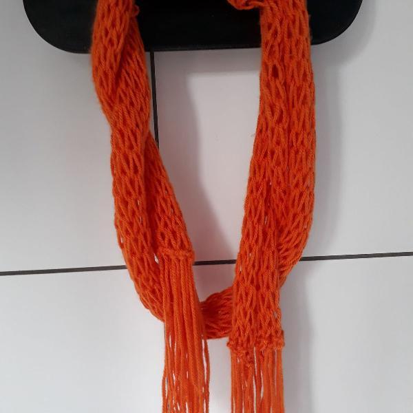 Cachecol laranja