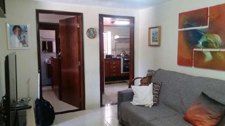 Casa Térrea 4 dorms, 2 suites, 3 banheiros, 2 vagas de