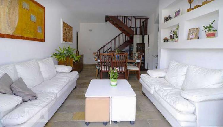 Cobertura triplex no melhor de copacabana com 233 m² com 5