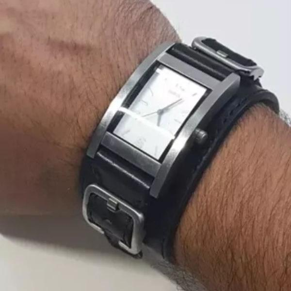 Relogio guess couro tipo bracelete original